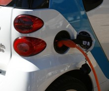 electric-car-558344_640